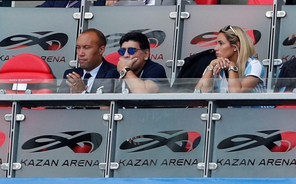 Maradona tenso após gol da França (Foto: REUTERS/John Sibley)