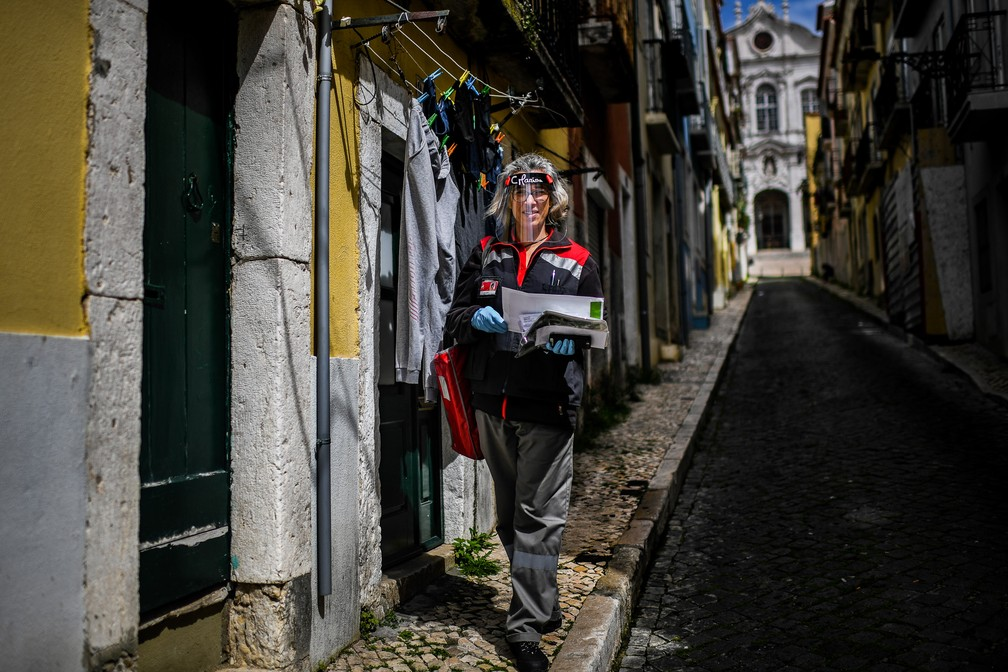 portugal health virus mayday photo essay 000 1qs77q patricia de melo moreira afp - The Definition of an Essential Worker