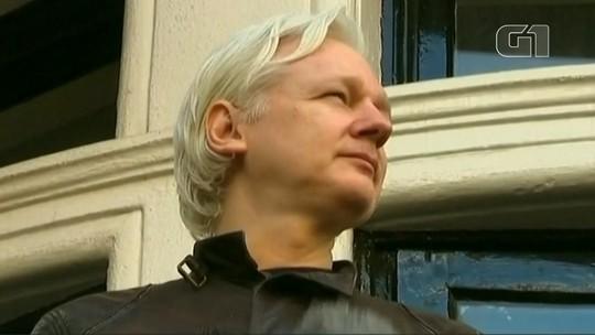 Equador denuncia ataques cibernéticos após prisão de Assange