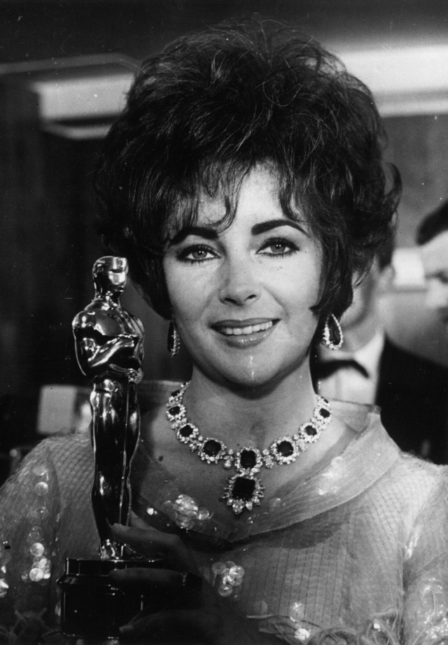 Elizabeth Taylor no Oscar de 1967 (Foto: Getty Images)