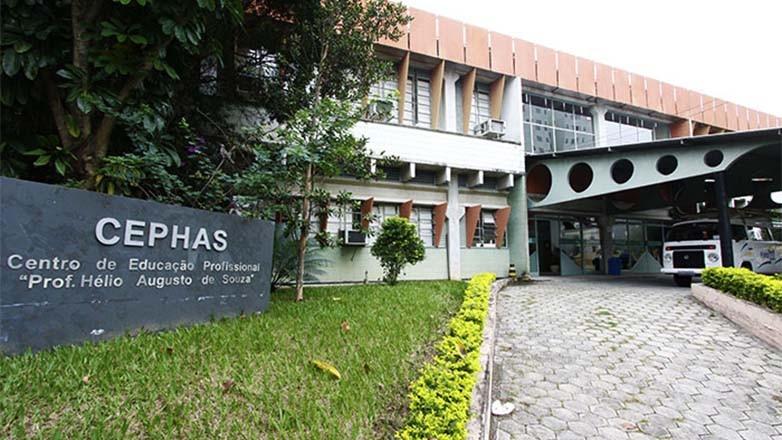 Inscrições para 395 vagas em cursos técnicos em São José terminam nesta segunda
