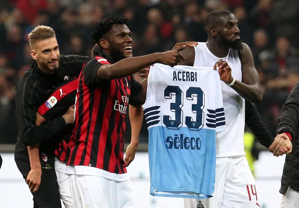 38bbf3742 ... Bakayoko e Kessie provocaram Acerbi após vitória contra a Lazio, no  último sábado — Foto