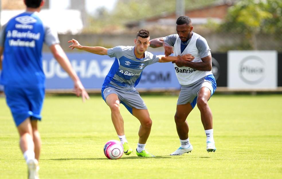 Lucas Poletto treinava com o elenco principal gremista (Foto: Rodrigo Fatturi/Grêmio, DVG)