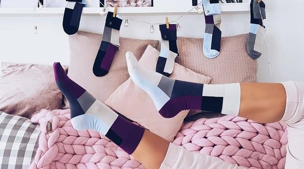 As unidades das meias são diferentes umas das outras (Foto: Reprodução/instagram/solo.socks)