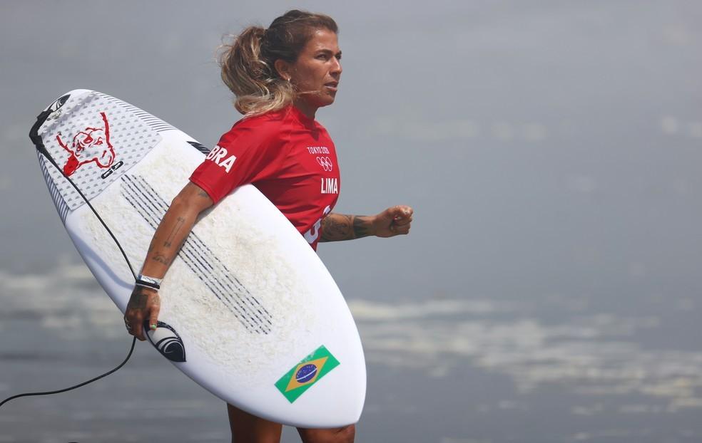 'Meu coração está disparado', diz mãe de Silvana Lima, surfista cearense que disputa as Olimpíadas