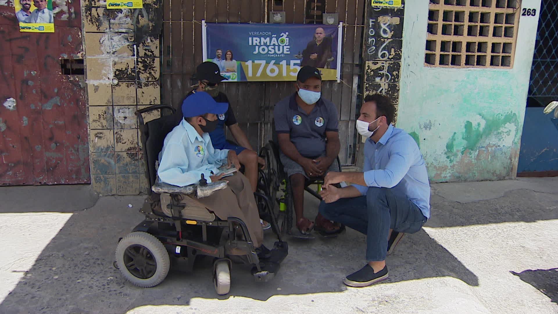 Carlos Andrade Lima promete revitalizar calçadas do Recife e criar instituto para pessoas com deficiência