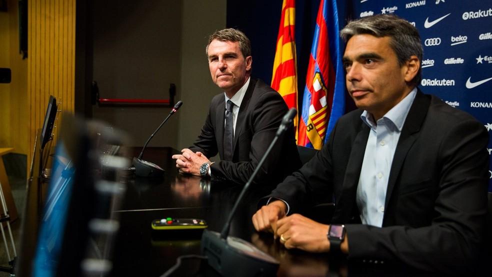 Albert Soler e Robert Fernández em coletiva do Barcelona (Foto: Divulgação / Barcelona)