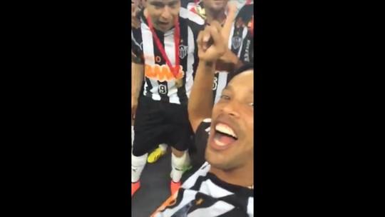 Títulos pelo Atlético-MG, tribuna e despedidas: Ronaldinho volta ao Mineirão para entrar no hall da fama