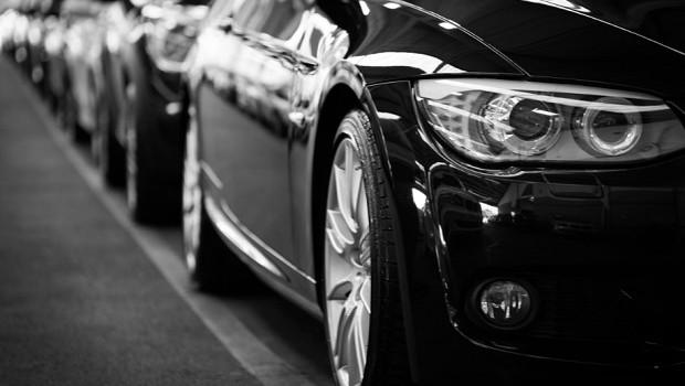 Carro - car - automóvel - direção - (Foto: Pexels)