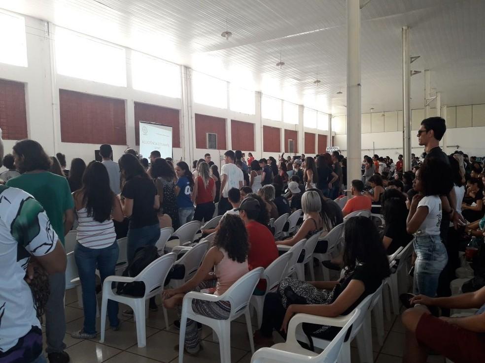 Audiência terminou sem acordo (Foto: Lucas Iglesias/ Centro América FM)