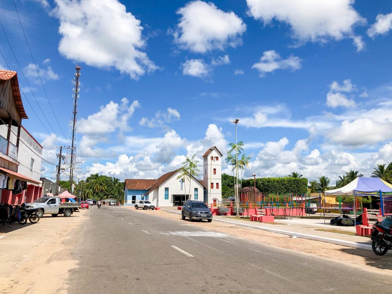 Prédio desativado há 15 anos vai ser transformado em mercado orçado em R$ 1 milhão no Acre - Notícias - Plantão Diário