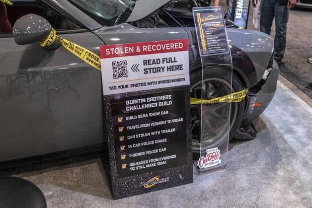 Dodge Challenger roubado é exposto no SEM (Foto: Autoblog)