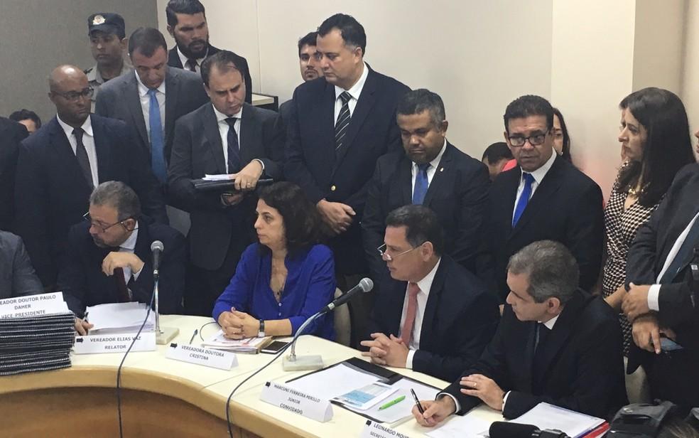 Marconi Perillo fala sobre investimentos na área de saúde (Foto: Sílvio Túlio/G1)