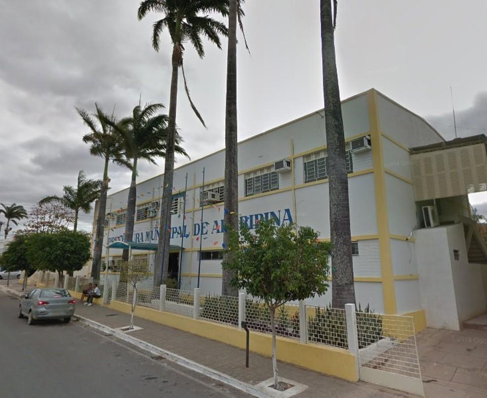 Prefeitura de Araripina — Foto: Reprodução / Google Street view