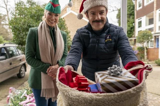 Cena do episódio de Natal de 'Ted Lasso' (Foto: Divulgação)