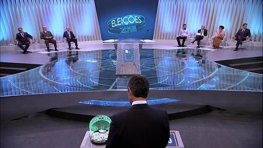 Presidenciáveis participam do último debate antes da votação