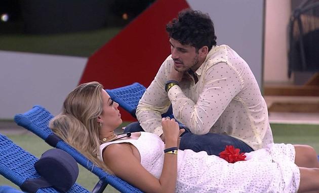 Isabella e Maycon (Foto: TV Globo)