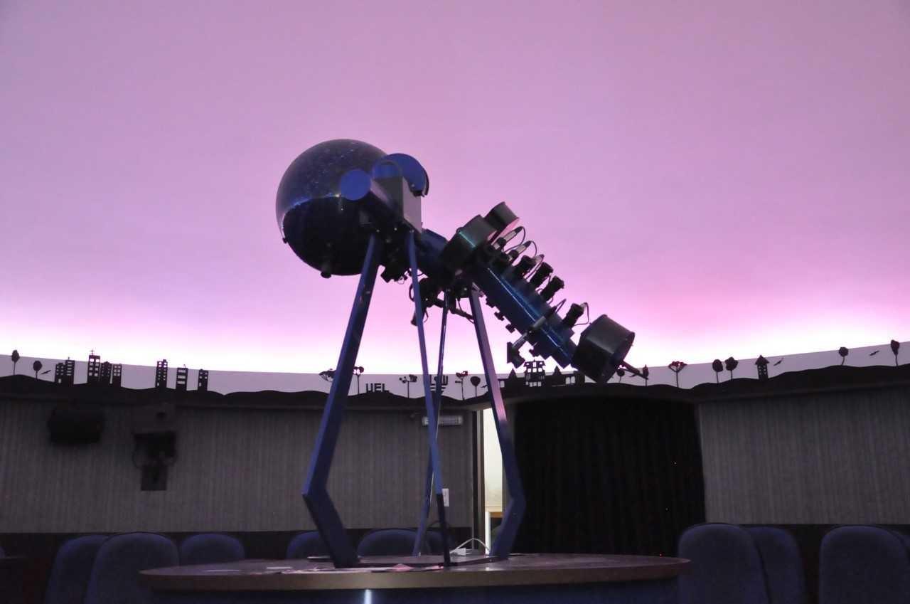 Nas férias escolares, planetário de Londrina tem programação especial - Notícias - Plantão Diário