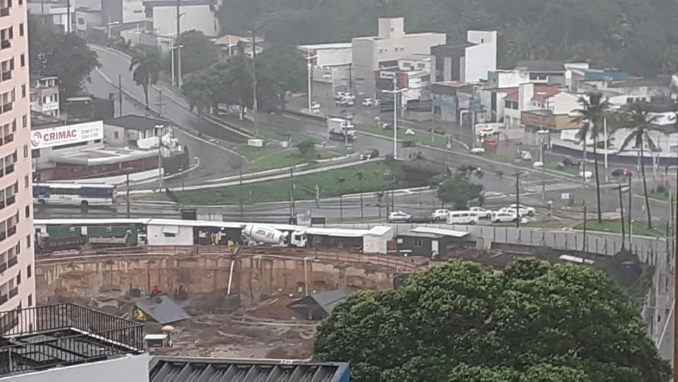 Chuva em Salvador nesta segunda-feira (13) — Foto: Gabriel Gonçalves/G1