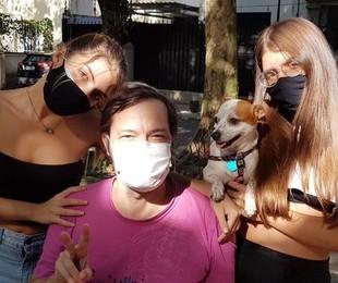 Heitor Martinez com as filhas | Arquivo pessoal