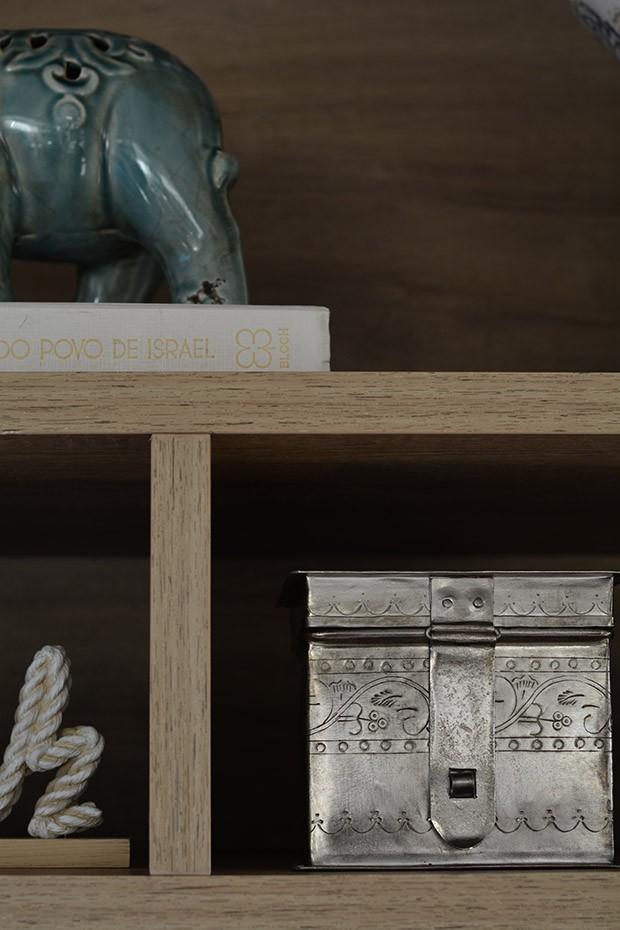 Mais um elemento prateado na decoração  (Foto: Divulgação)