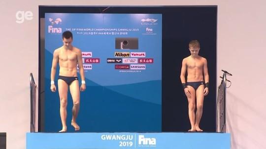 Ucraniano de 13 anos quase leva medalha no Mundial de Aquáticos: veja o boletim do dia #4