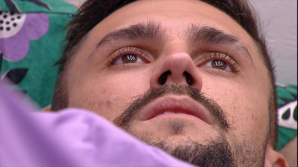 Arthur relata após Eliminação de Projota no BBB: 'Eu sou o próximo' — Foto: Globo