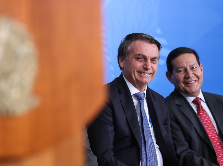 TSE retomará julgamento de ações que apontam abuso eleitoral da chapa Bolsonaro-Mourão
