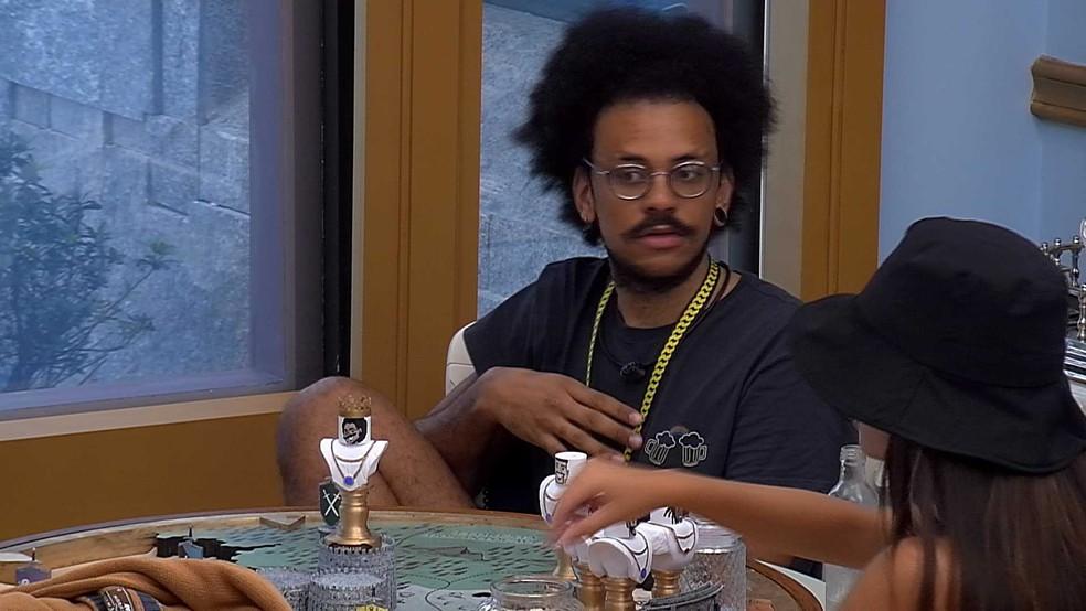 João Luiz relembra episódio com brother do BBB21 e diz: 'Hoje tive a certeza do meu voto' — Foto: Globo