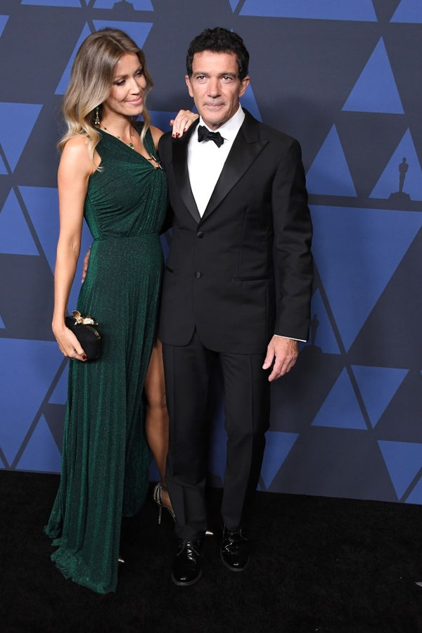 HOLLYWOOD, CALIFORNIA - OCTOBER 27: Antonio Banderas and Nicole Kimpel arrives at the Academy Of Motion Picture Arts And Sciences' 11th Annual Governors Awards at The Ray Dolby Ballroom at Hollywood & Highland Center on October 27, 2019 in Hollywood, Cal (Foto: WireImage)