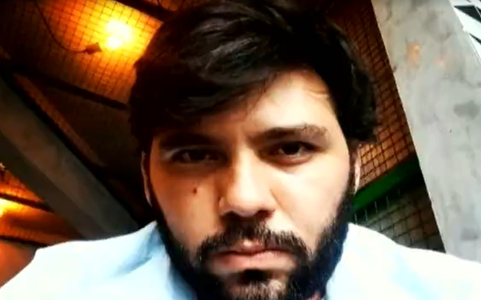 Wilker Silva foi preso suspeito de matar idosa e colocar fogo em casa — Foto: Reprodução/TV Anhanguera