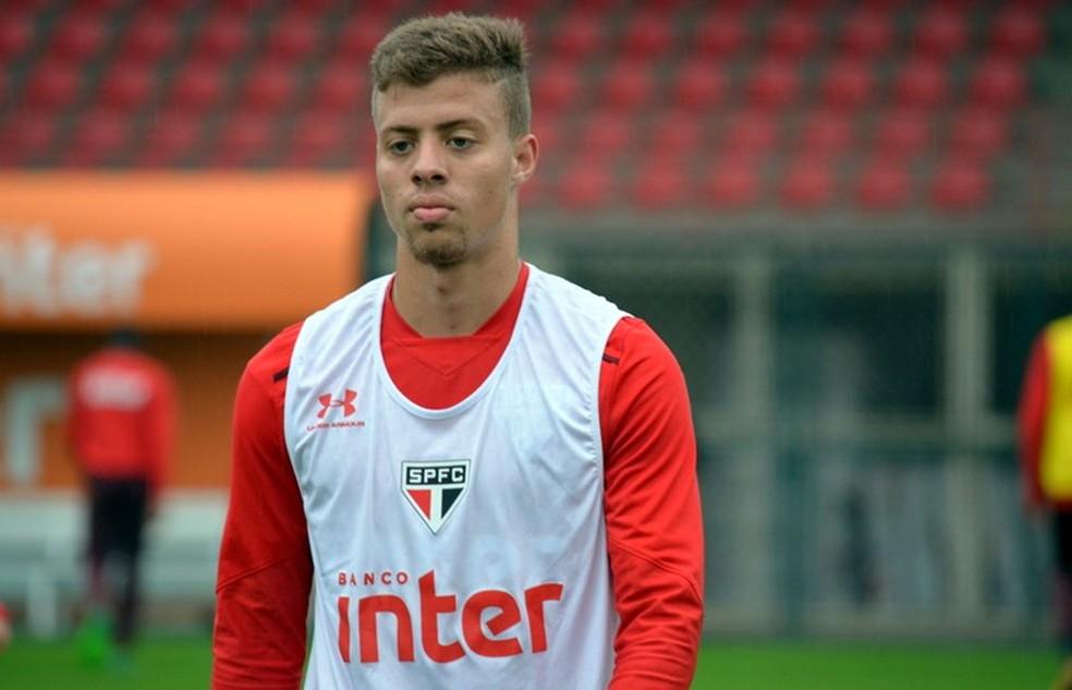 Lucas Fernandes tem sido elogiado por Dorival (Foto: Érico Leonan / saopaulofc.net)
