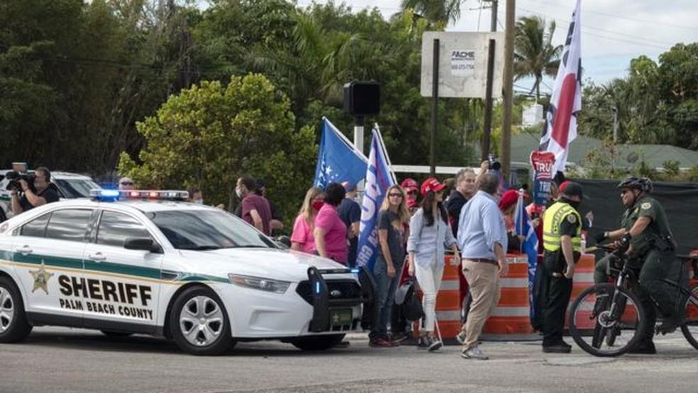 Gabinete do Xerife do Condado de Palm Beach trabalha com o Serviço Secreto dos EUA há anos para proteger Trump e sua família — Foto: EPA