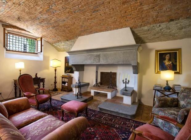 Sala de estar da casa onde viveu Michelangelo (Foto: Reprodução)