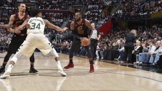 NBA tem espetáculo de Rei LeBron🤴🏿 e toco humilhante de brasileiro😈