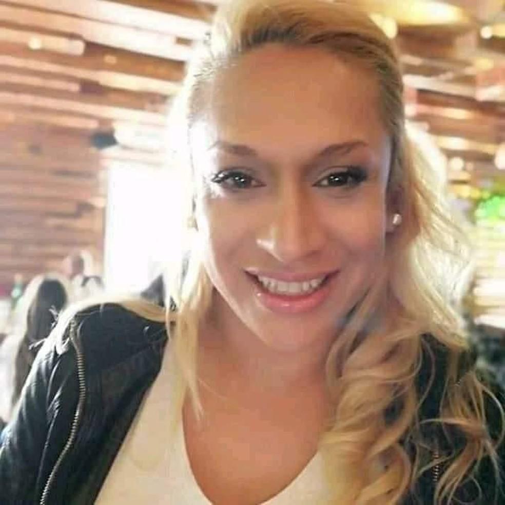 Paloma estava há 12 anos na Espanha. Ela foi encontrada morta a facadas — Foto: Arquivo Pessoal