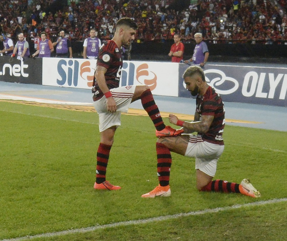 Gabigol Arrascaeta Flamengo Fortaleza — Foto: André Durão