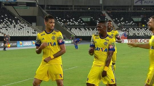 Em gols, Vinícius Júnior supera Neymar no início como profissional