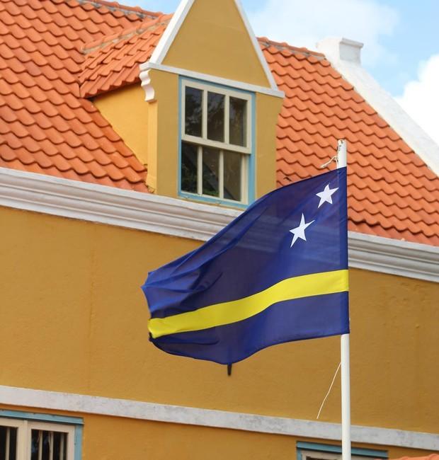 Curaçao por Erika Janusa (Foto: Reprodução/Instagram)