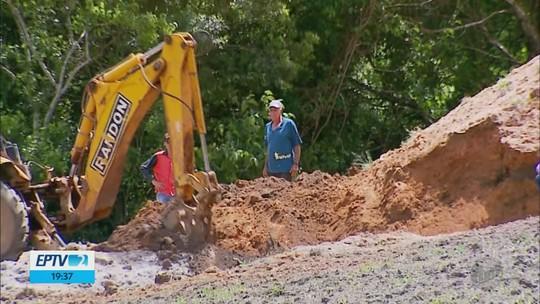 Pedreiro morre após ter corpo parcialmente soterrado na zona rural de Jacuí, MG