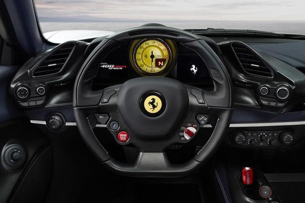 Ferrari 488 Pista Spider (Foto: divulgação)