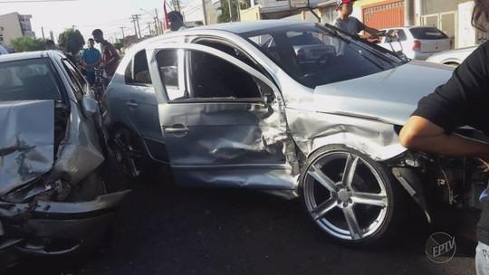 Suspeito de disputar racha que causou colisão com 3 feridos responderá por omissão e fuga