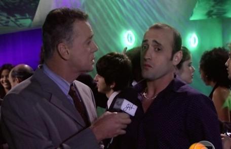 Um dos primeiros papéis de Paulo Gustavo na TV foi em 'Minha nada mole vida', em 2006. Ele fez Bob Calheiros, cabeleireiro das estrelas Reprodução