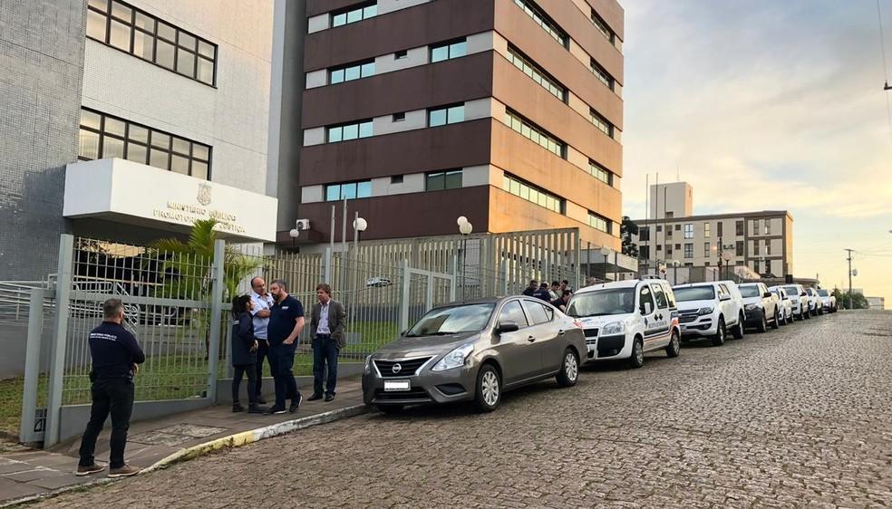 Operação ocorre em cidades gaúchas e em SC — Foto: Divulgação/MP