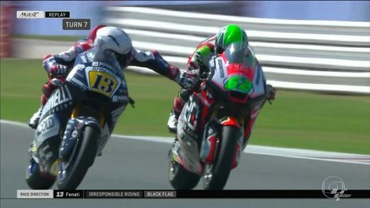 """Italiano que freou moto de rival é suspenso e perde licença: """"Vou voltar para a escola"""""""