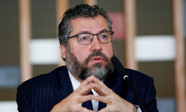 Ernesto Araújo em entrevista coletiva no Palácio do Itamaraty, em Brasília,