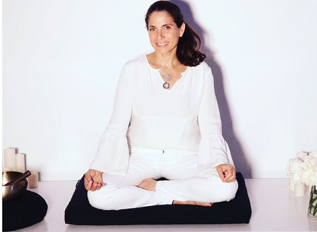 Suze Yalof Schwartz, fundadora do Unplug Meditation (Foto: Reprodução/Instagram)