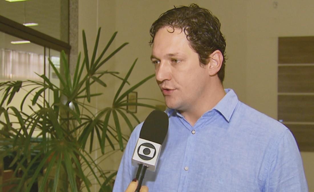 Candidatos a prefeito de Pouso Alegre priorizam carreira de servidores e mais vagas; veja propostas para a Educação