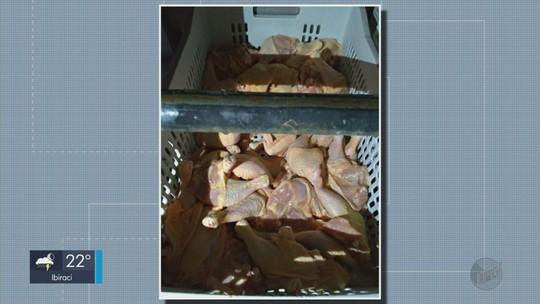 IMA apreende 1,5 tonelada de carne de frango na zona rural de Santa Rita do Sapucaí, MG