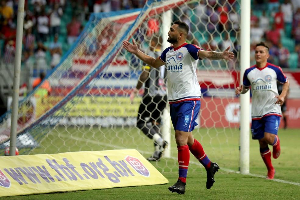 Gilberto é o artilheiro do Bahia na temporada, com 13 gols — Foto: Felipe Oliveira/Divulgação/E.C. Bahia